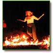 Kinderen, lopend over vuur en alle harten vernieuwend